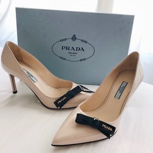 New PRADA Logo Bow Patent Leather Pointed Toe Pump